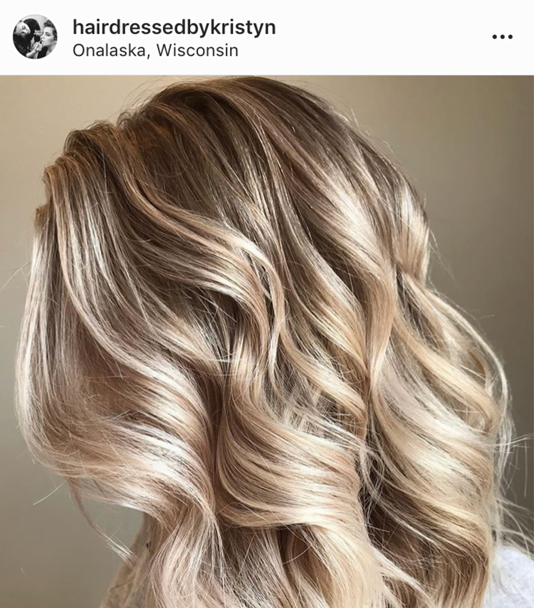 blonde highlighted waves hair