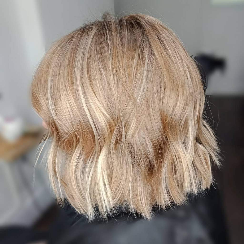 Example of consistency in before and after hair salon pictures